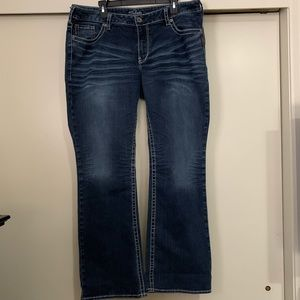 Silver Jeans Aiko Bootcut Size 20/Length 33